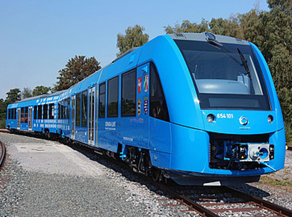 Fuel cell train