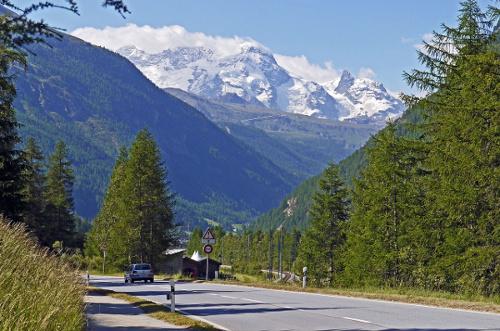 swiss alps road